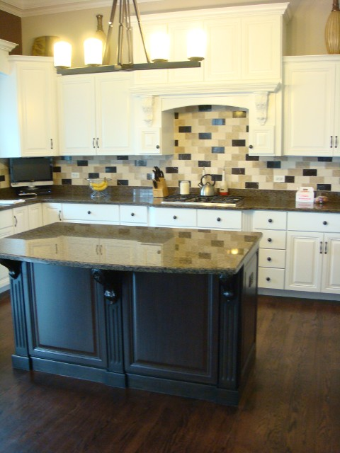 South Elgin Kitchen Cabinet Refinishers (630) 922 9714 | Cabinet Refacing  South Elgin IL
