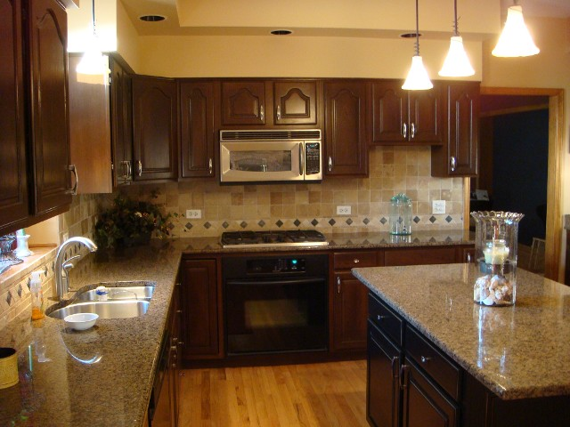 Evergeen Park IL Cabinet Refinishers
